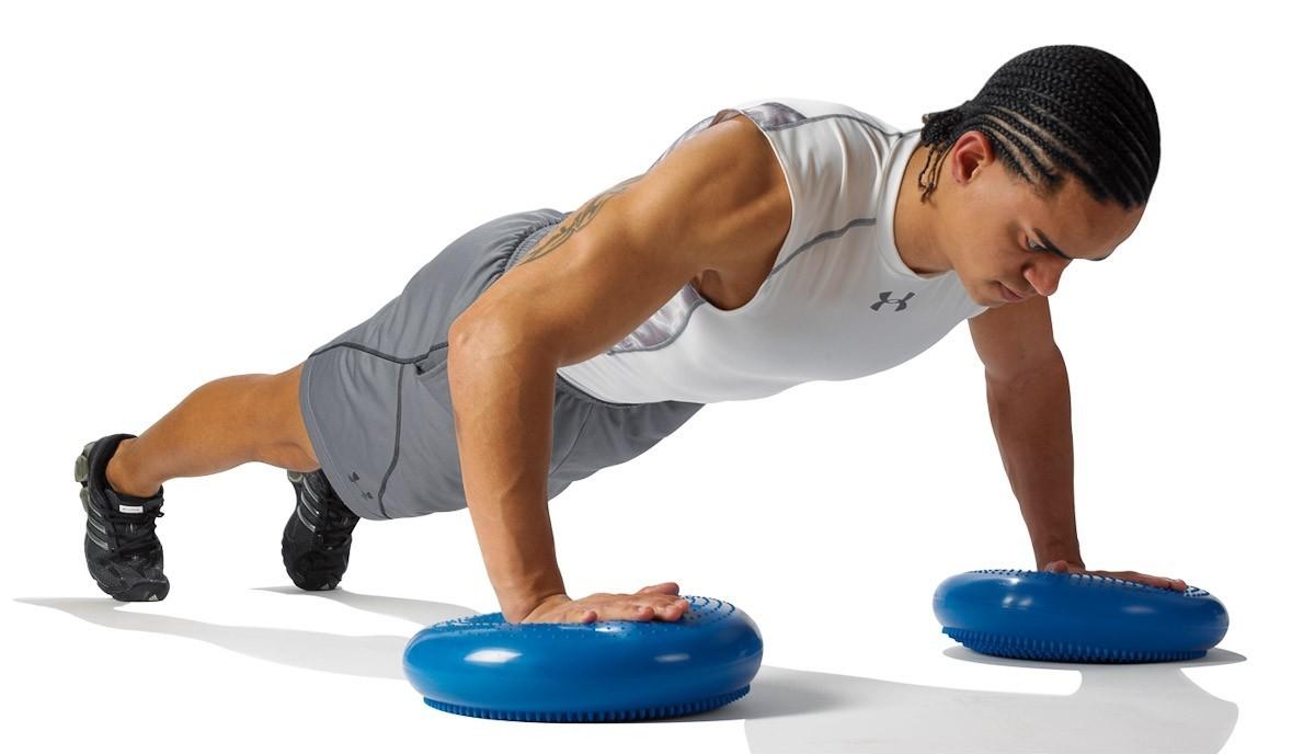 การฝึกหัด สมรรถภาพทางด้านร่างกาย โดยกีฬาฟุตบอล หรือ กีฬาประเภทอื่นๆ
